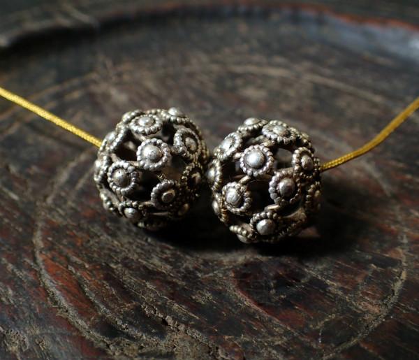 bhutansilverballs